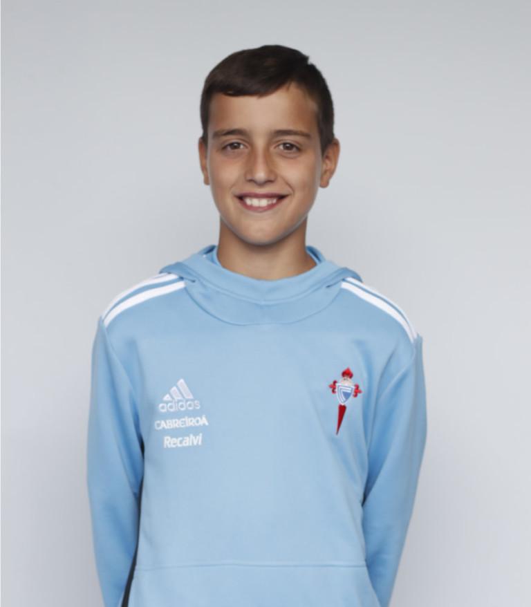 Imágen del jugador Hugo Nuñez posando