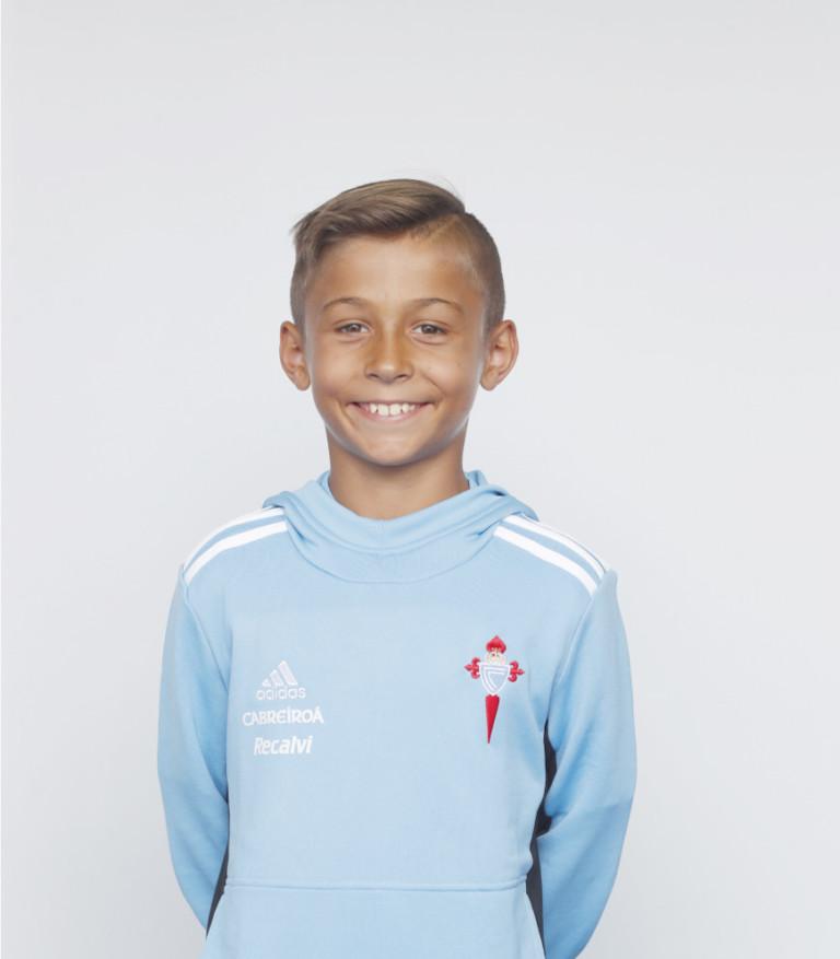 Imágen del jugador Bruno Martínez posando