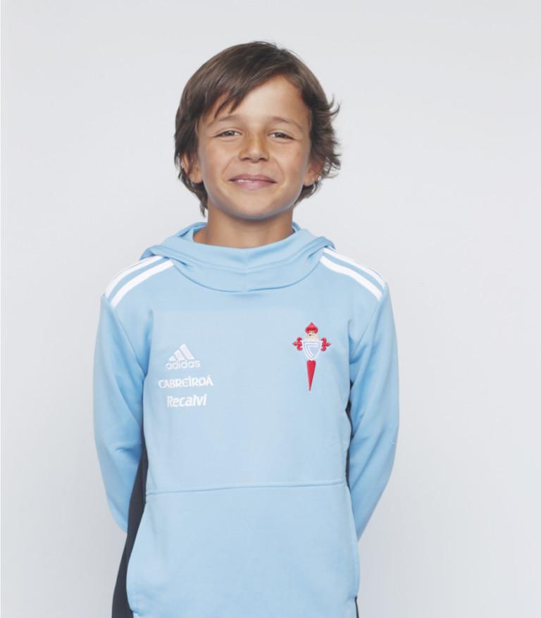 Imágen del jugador Mauro Álvarez posando