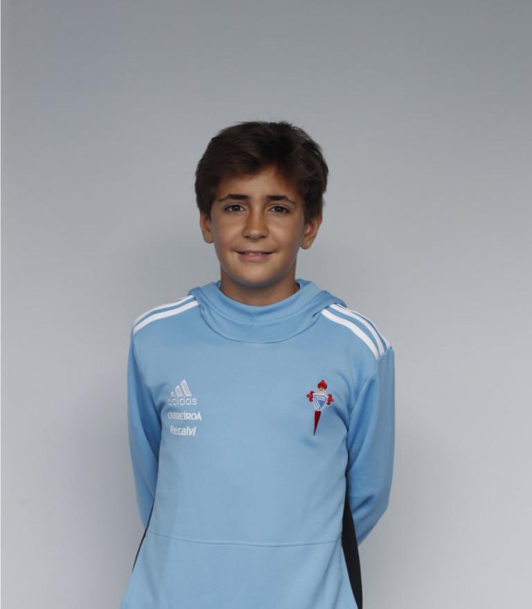 Imágen del jugador Alvaro Álvarez posando