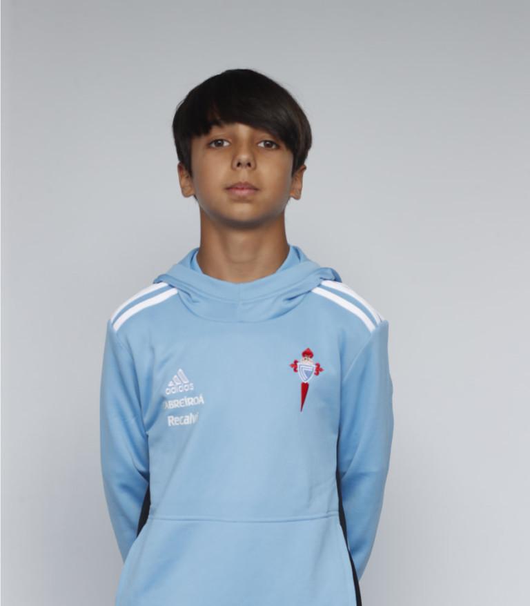 Imágen del jugador Borja Rodríguez posando